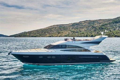 Princess Yachts – 64 (2012)