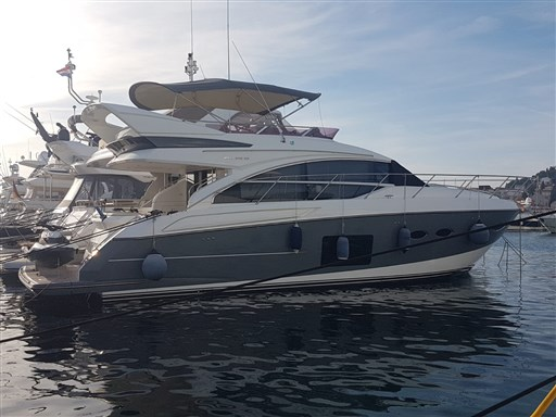 Princess Yachts – F52