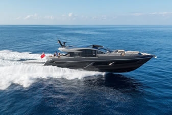 NEW PREDATOR 74 AND 74 SPORT YACHT XPS LIMITED EDITIONS